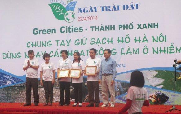 Vai trò của cộng đồng trong công tác bảo vệ Hồ Hà Nội